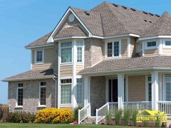 4 Ways Your Roofing System Can Hurt Your Home's Curb Appeal